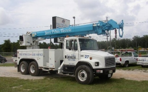 Pybus Electric Bucket Service Truck.